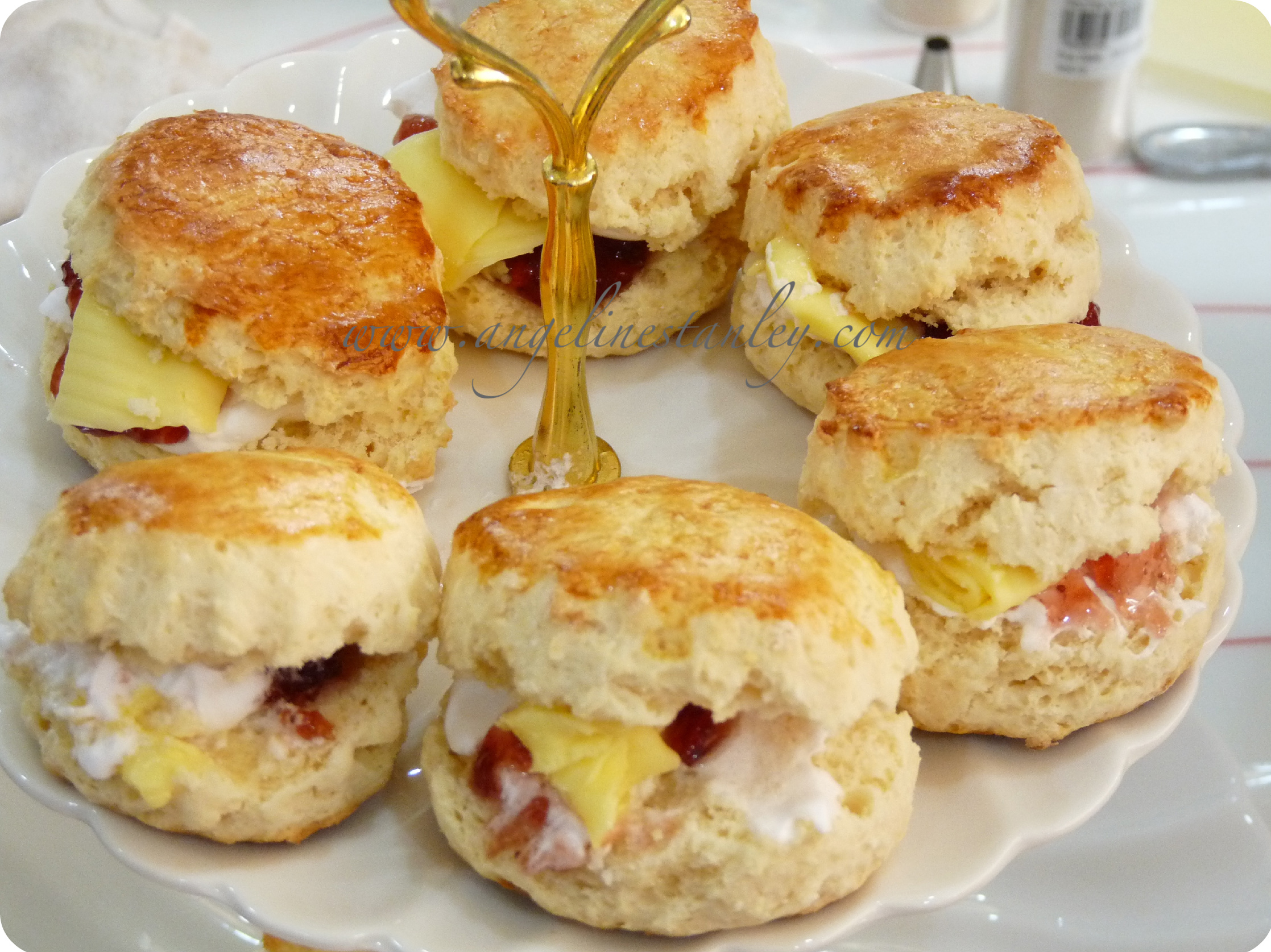 English Tea Scones | Better Homes & Gardens