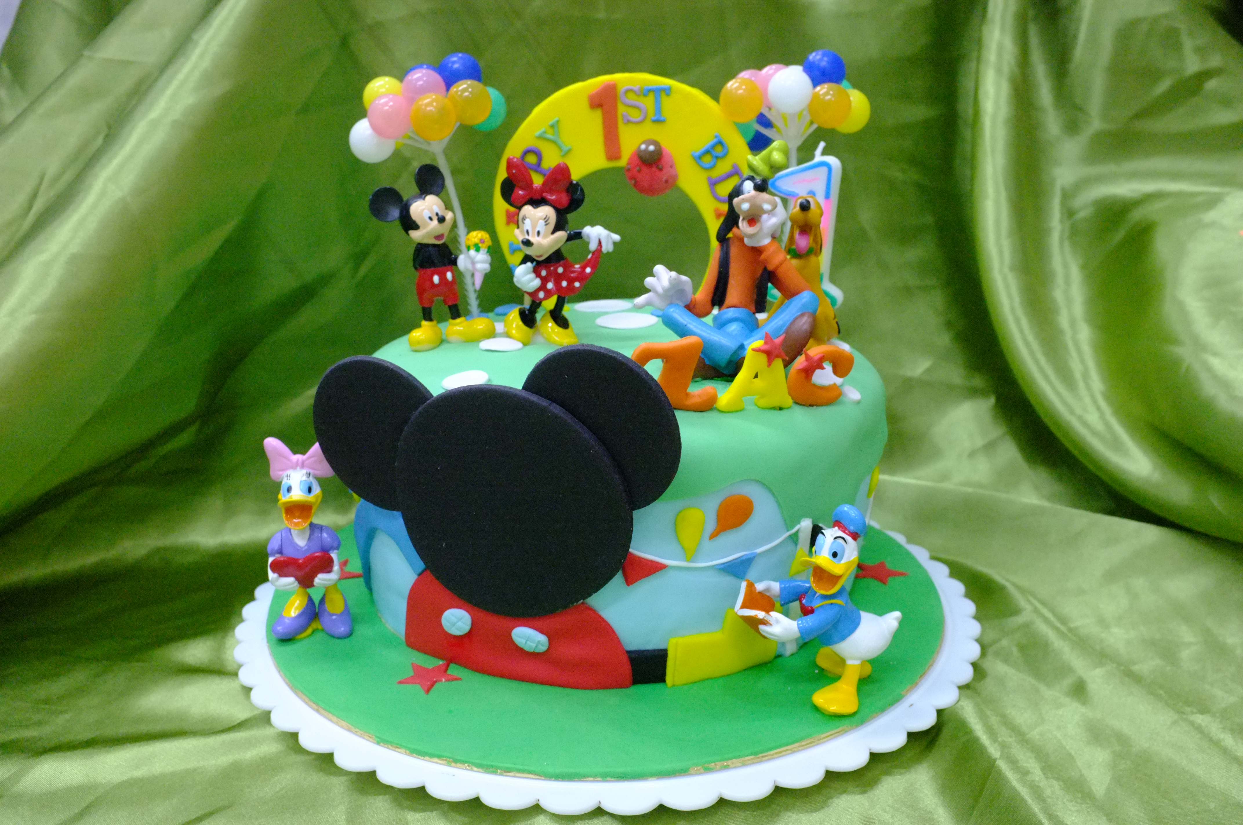 Mickey Mouse Clubhouse Cake 3